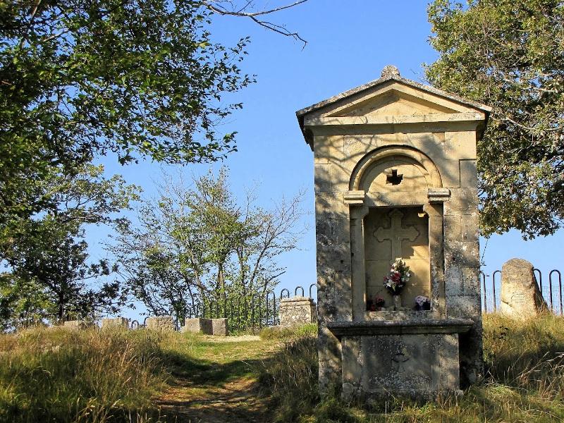 12 - I borghi, le sculture di Faggioli, la memoria del Salvemini